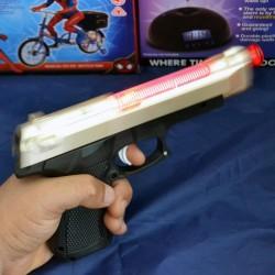 Hobtoys Oyuncak Silah Işıklı Tabanca 20 Cm